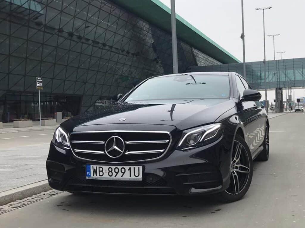 Limousine with driver hire Mercedes-Benz E-class front