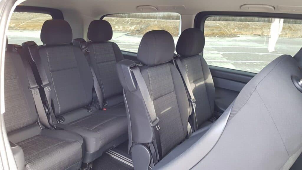 Minivan na wynajem, wnętrze Mercedes-Benz Vito